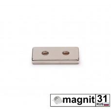 Магнит пластина с зенковкой 25xd12x4 мм. сила 3,9 кг.